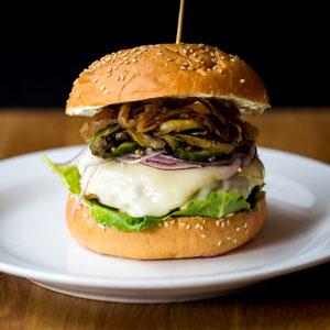 """Haché Special """"Husets Burger med et fransk twist"""""""